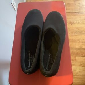 Grasshoppers shoes size 11